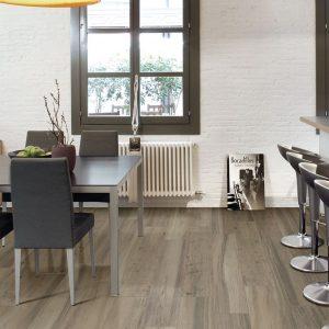 Gạch vân gỗ Casagranda định hướng cho phong cách của ngôi nhà