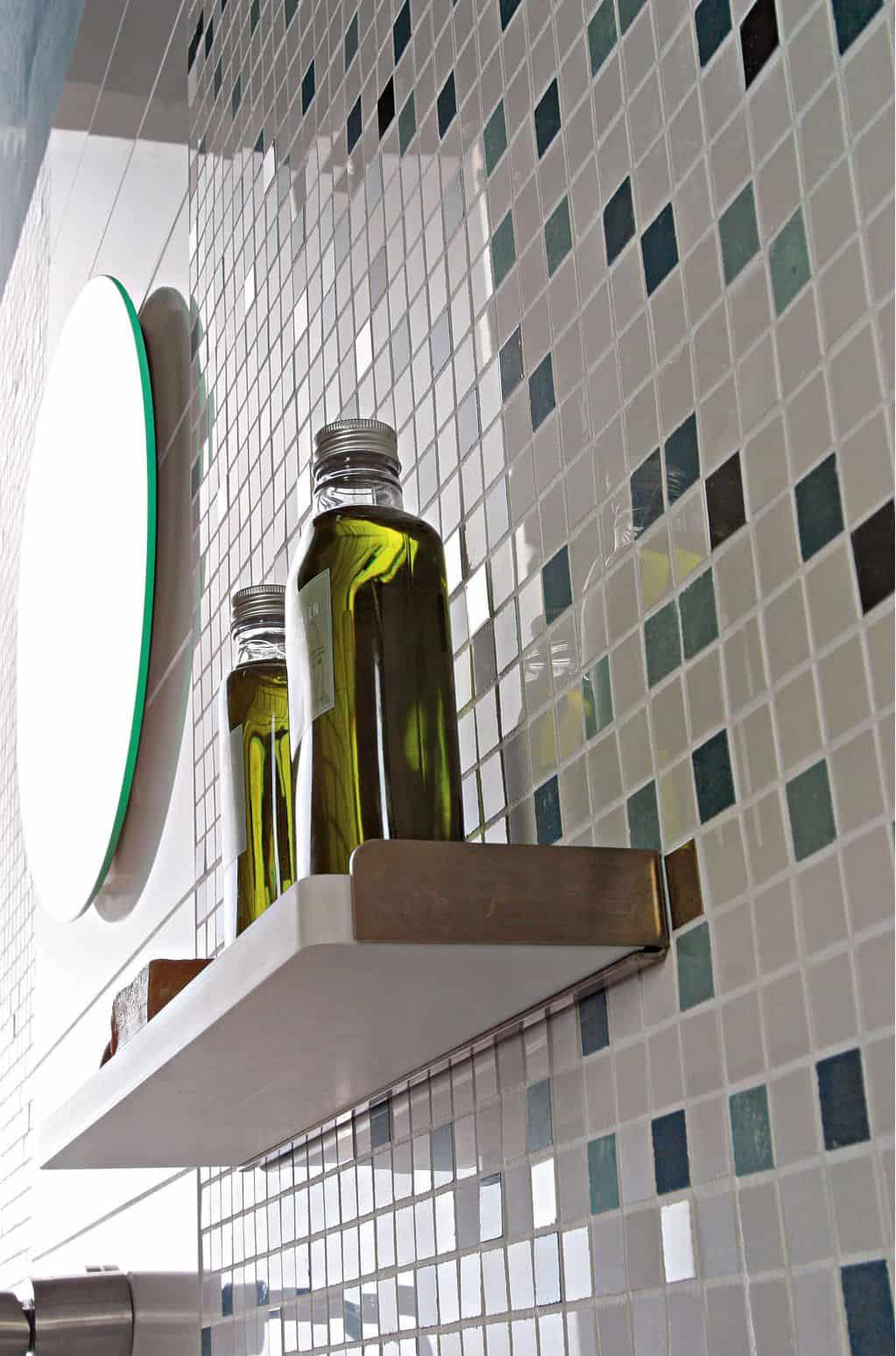 Gạch mosaic trang trí tường