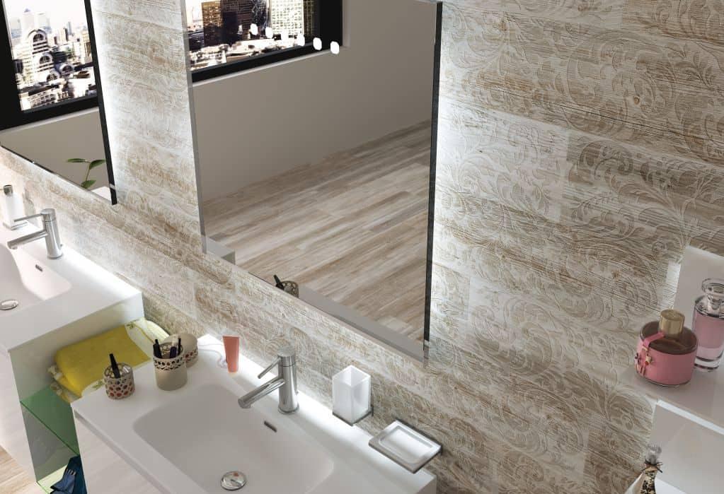 Gạch giả gỗ có nhiều nét nổi bật hơn gỗ tự nhiên