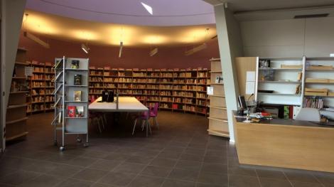 Chọn gạch ốp tường văn phòng theo diện tích và kích thước không gian